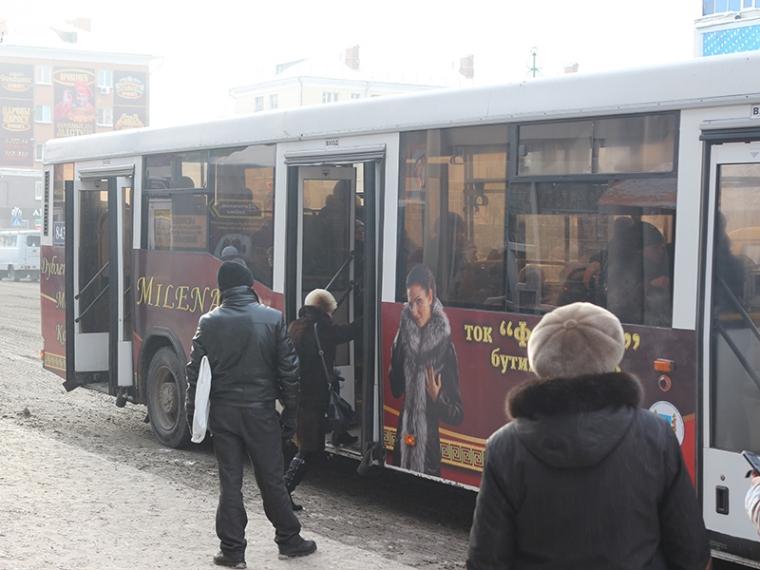У семи автобусов на
