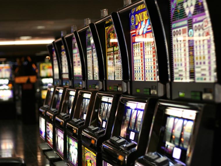Игровые автоматы приставы игровые автоматы за рубли