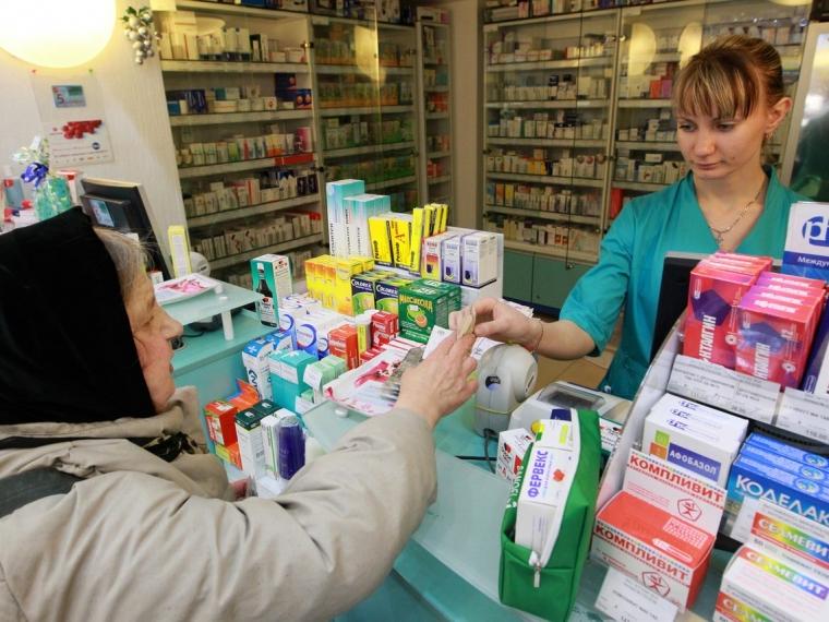 Омичи расхватывают дешевые противовирусные препараты