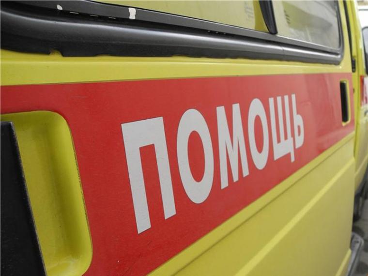 Жительница Омска, доставленная в поликлинику скорой помощи, скончалась вочереди к медперсоналу