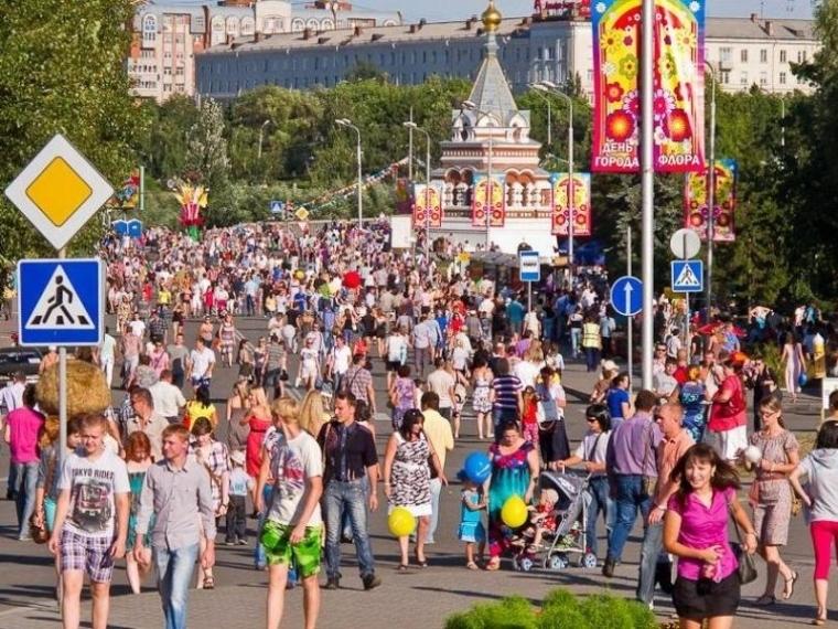 В день празднования 300-летия в Омске откроется 350 временных торговых точек #Экономика #Омск