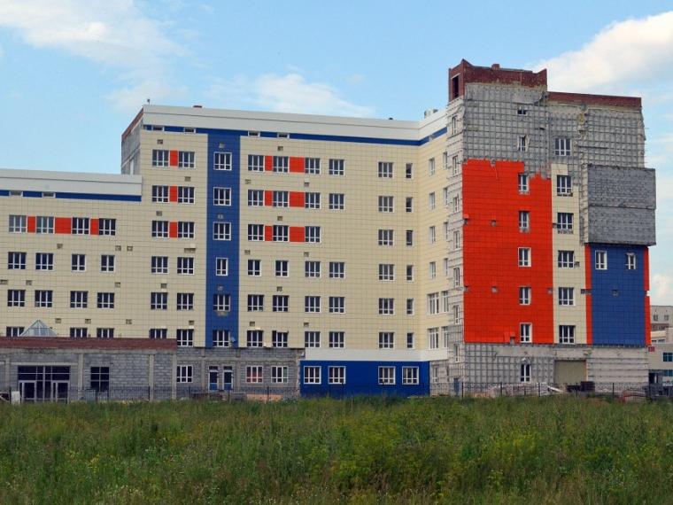 Контракт на достройку поликлиники на Левобережье могут отдать компании Оркиша #Экономика #Омск