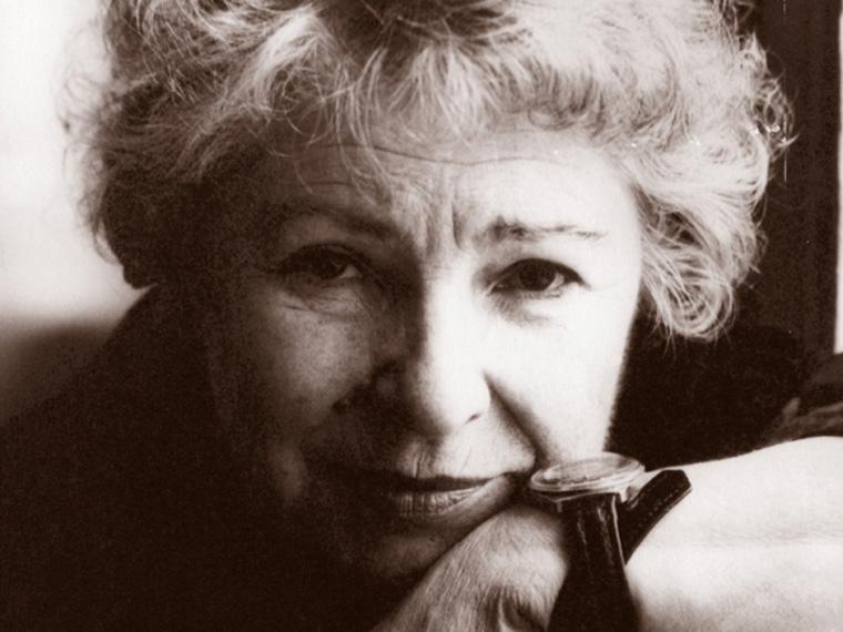 Скончалась старейшая артистка омской драмы Елена Аросева