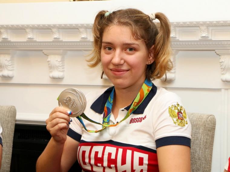 19-летняя омичка схвостиками наголове привезла сОлимпиады серебряную медаль