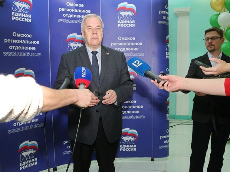 Новым сенатором отОмской области стал Сергей Попов