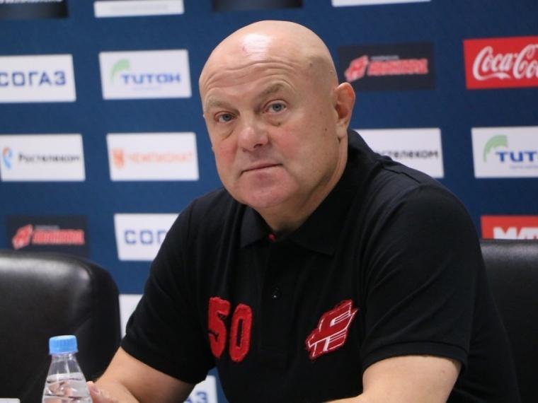 «Магнитка» вновь победила «Авангард» вОмске