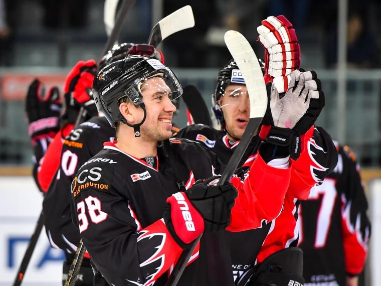 Топ-30 хоккеистов КХЛ, зарабатывающих больше млн.