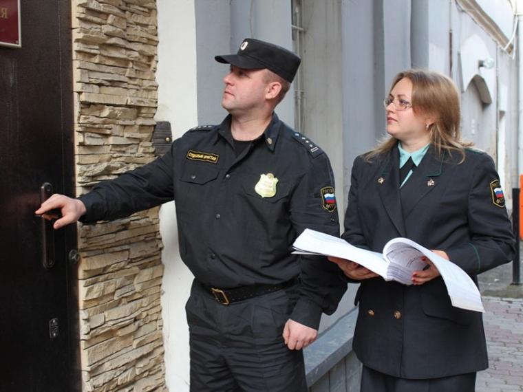 Коллекторы вОмске будут работать под присмотром судебных приставов
