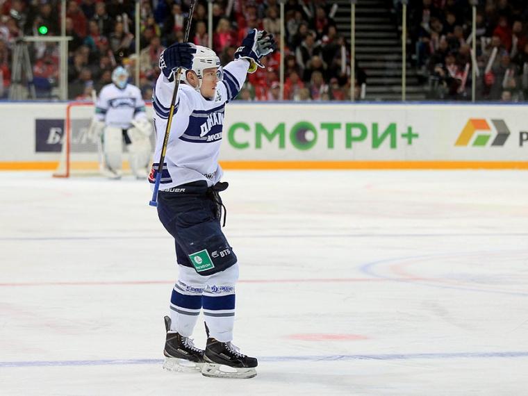 «Авангард» выменял у«Динамо» защитника Осипова