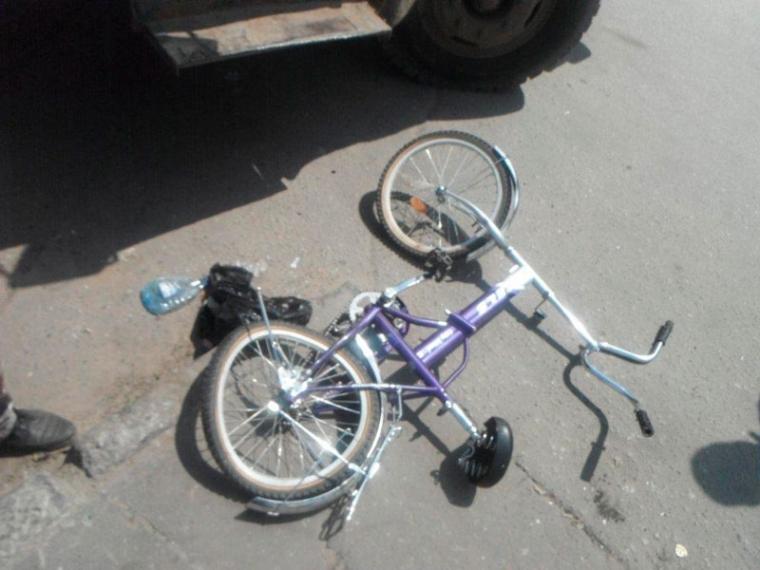 ВОмске шофёр «Киа» на стоянке сбил школьника
