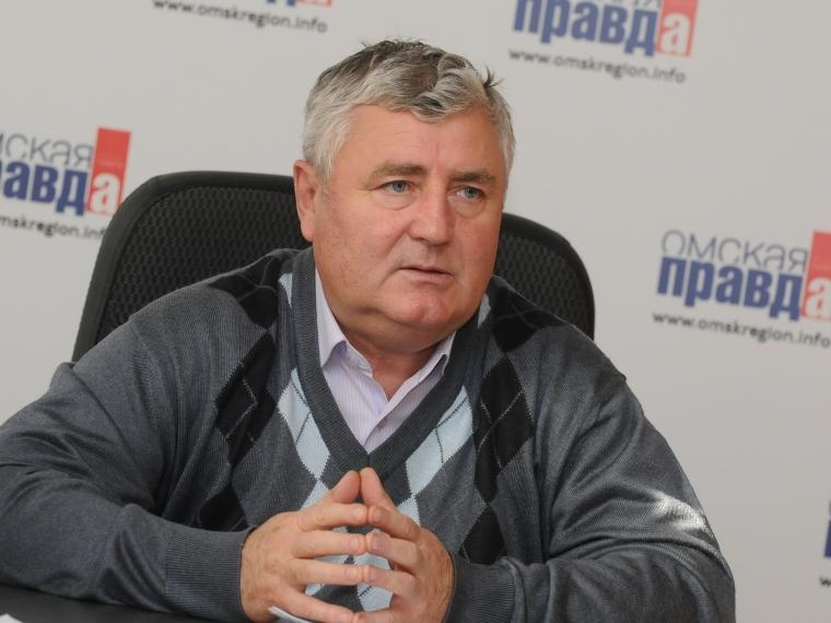 Экс-главе Азовского района Омской области дали два года условно