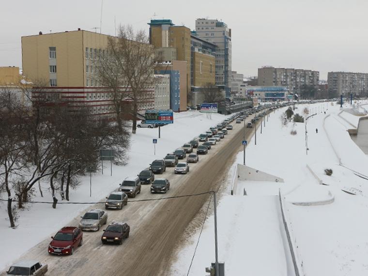 ВОмске ищут виновника смертоносного ДТП наИртышской набережной
