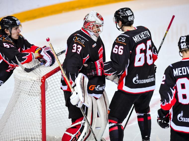 «Авангард» прервал семиматчевую серию побед вКХЛ поражением от«Нефтехимика»