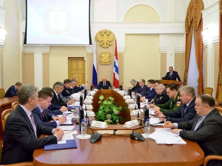 Губернатор поручил минпрому навести порядок всфере пассажирских перевозок