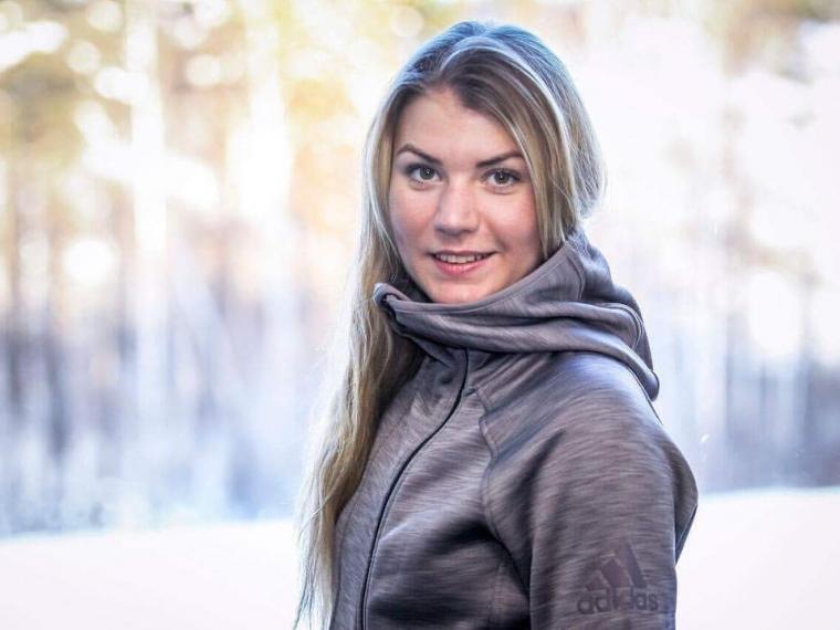 Русские биатлонистки финишировали тринадцатыми вэстафетной гонке вРупольдинге