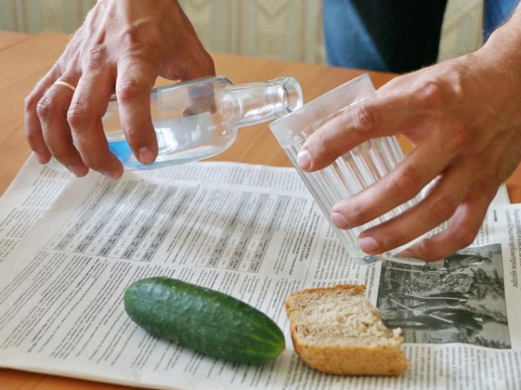 ВОмске продавали ядовитый спирт ввиде водки премиум-класса