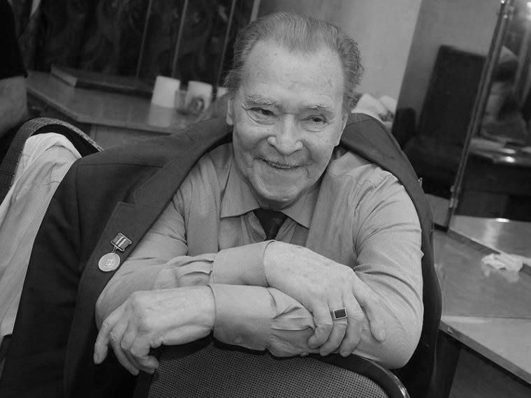 Заслуженный артист РФ Георгий Оболенский скончался в российской столице