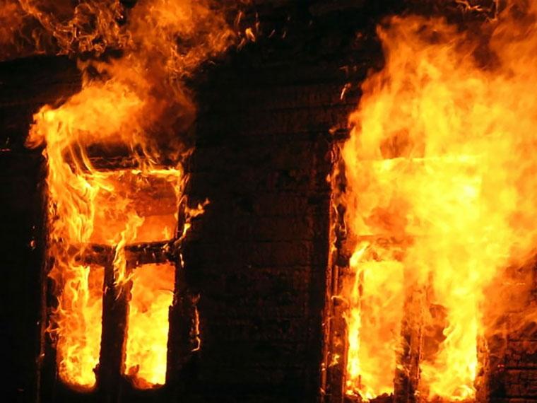 ВОмской области напожаре сильно пострадала 6-летняя девочка