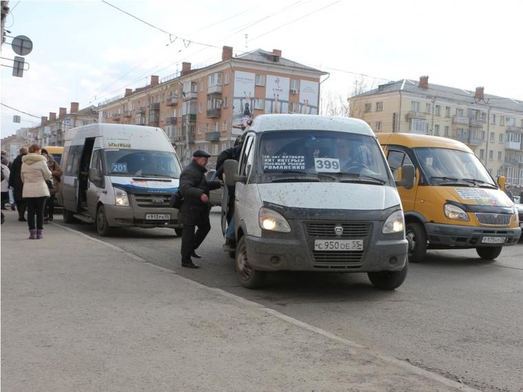 Омским перевозчикам отказали возбудить дело вотношении мэрии