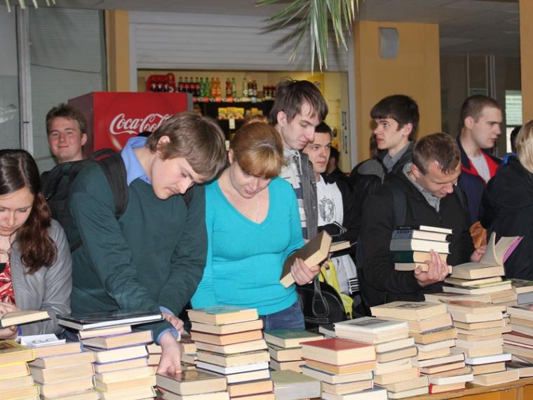 Вомском политехе 25мая бесплатно раздадут списанные книги