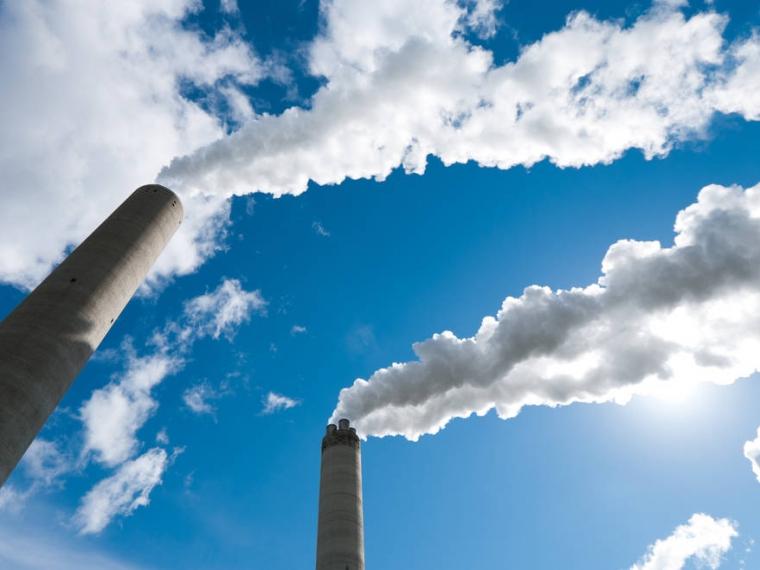 Названы учреждения , которые отравляют воздух вОмске иобласти