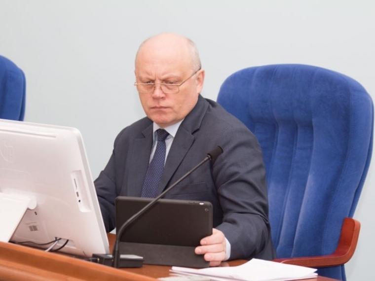 Путин поручил создать механизм переселения изаварийного жилья