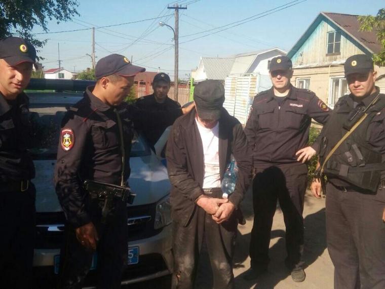 Омские росгвардейцы вбронежилетах 40 мин. покрышам догоняли подозреваемого