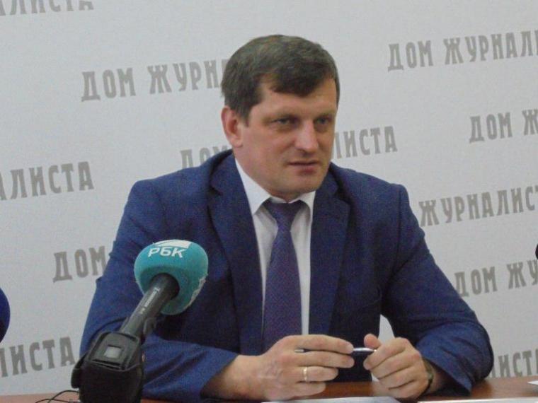 Мэрия Омска саботирует ремонт дворов— Минстрой