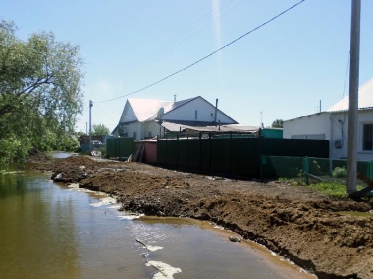 В 3-х районах Омской области продолжается наводнение