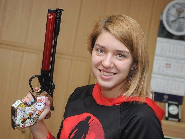 Олимпийский призер Бацарашкина отличилась наВсероссийских соревнованиях