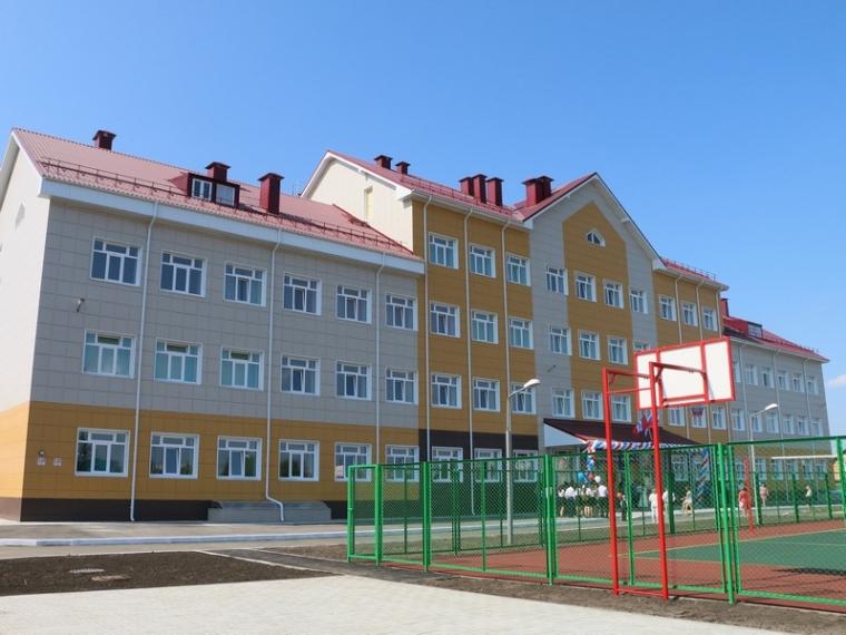 ВОмске построят 15 новых школ
