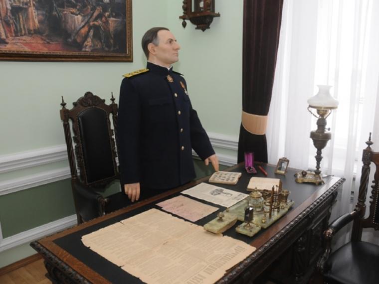 ВОмске проводят экскурсии поместам, где был Колчак