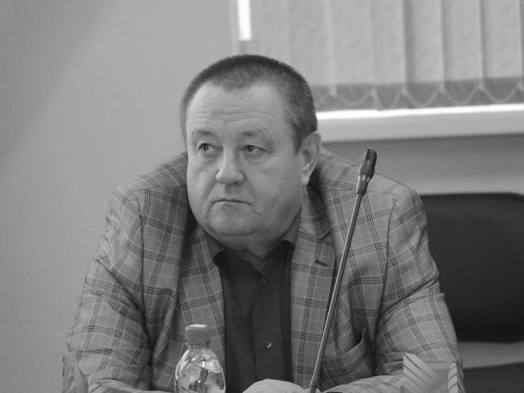 ВОмске скончался  60-летний замдиректора департамента культуры