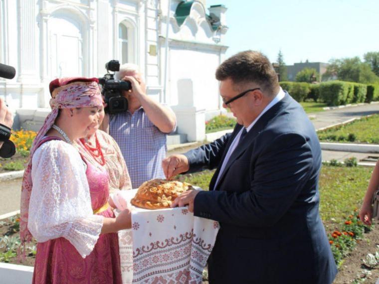 Редакторы областных изданий прошли по Сибирскому тракту