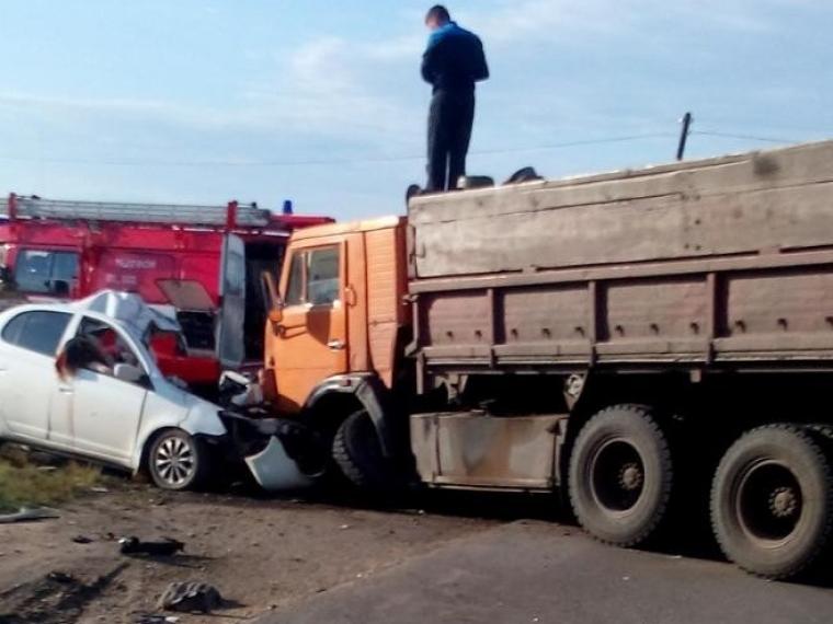 Семья из Омска погибла в страшном ДТП в Тюменской области