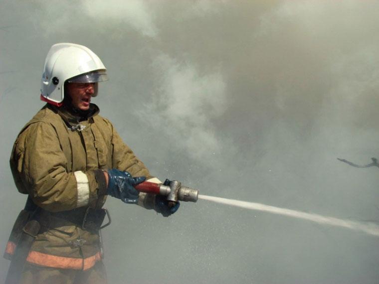 Пожарные спасли 11 человек вОмске