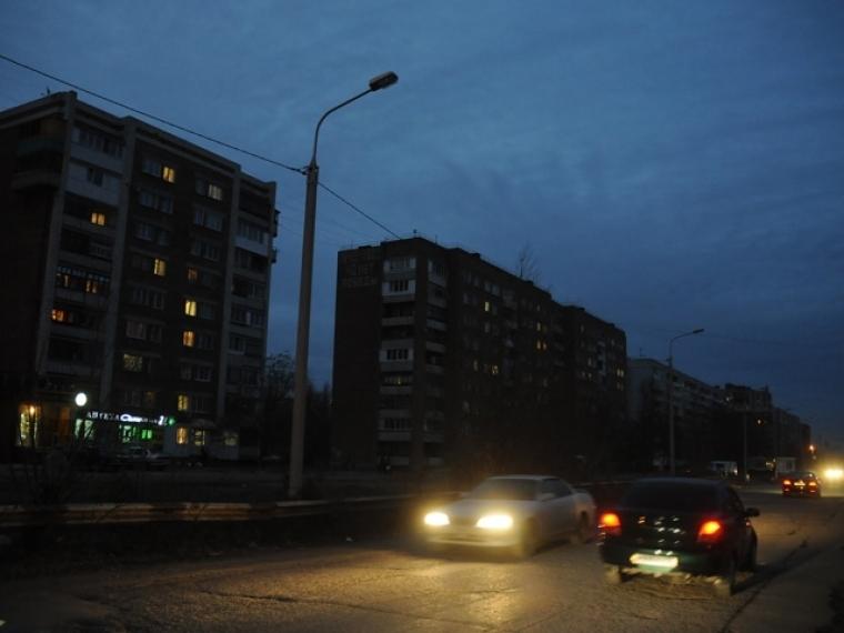 «Омская энергосбытовая компания» отключает освещение улиц задолги «Омскэлектро»