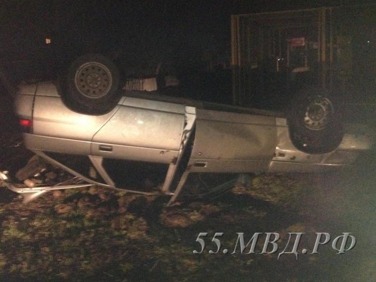 ВТаврическом районе шофёр ВАЗа умер, вылетев вкювет