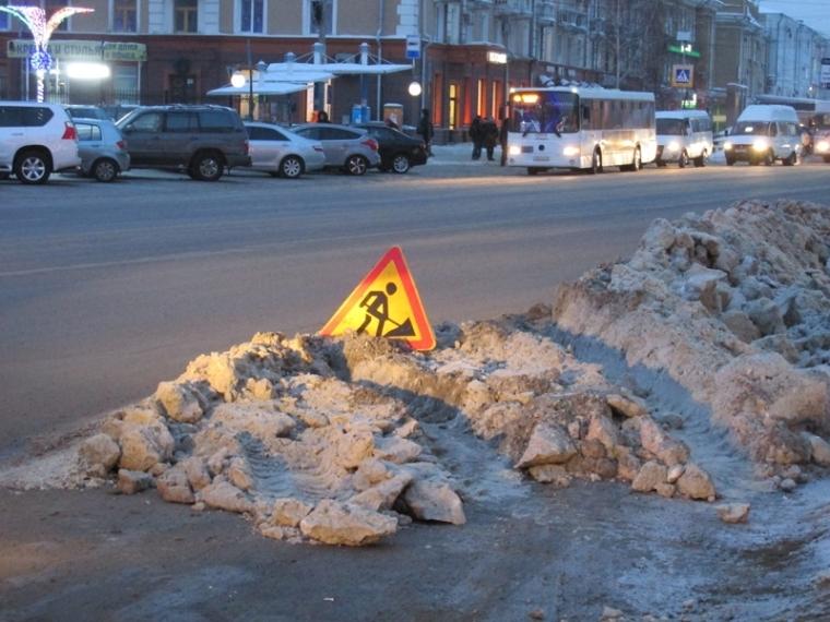 ИзОмска вывезли 11500 кубометров снега