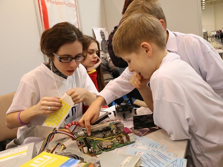 Наместе омского профтехнологического колледжа откроют детский технопарк