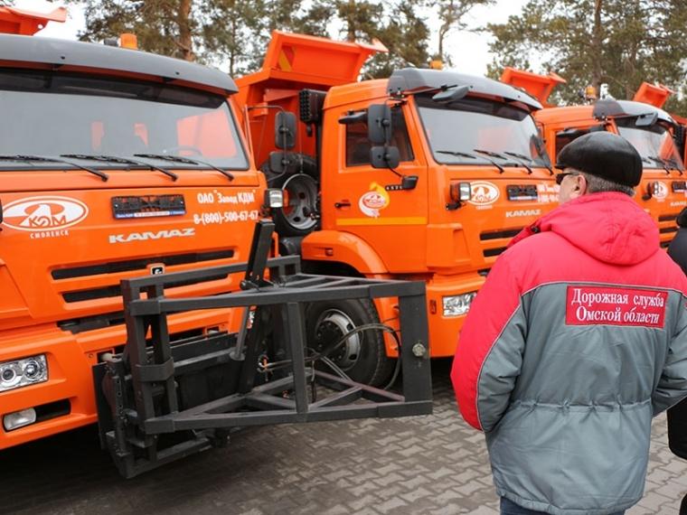 Нановогодних каникулах омские дороги обещают чистить круглые сутки