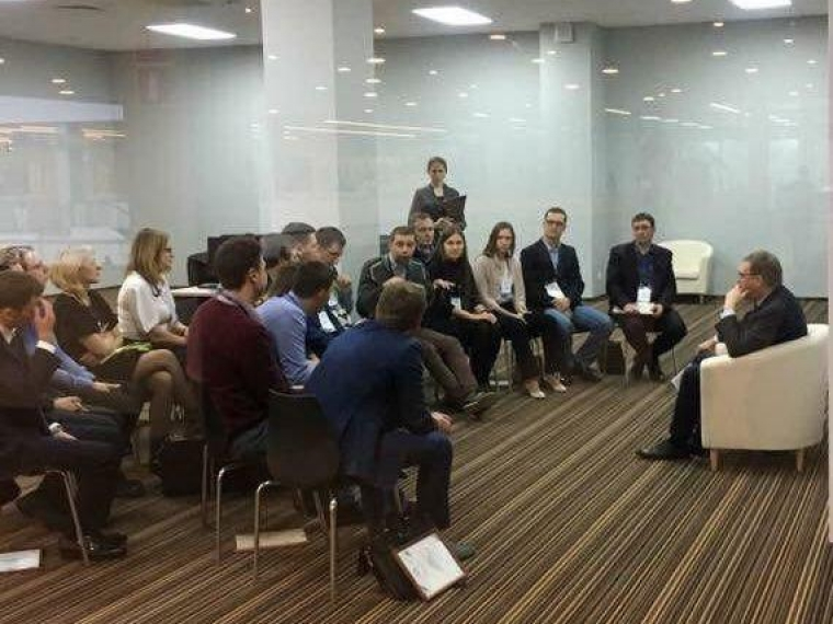 Участников конкурса «Лидеры России» Бурков готов взять на работу в облправительство