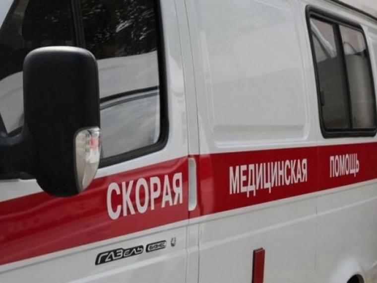 В Омске иномарка протаранила троллейбус: пострадали 4 человека