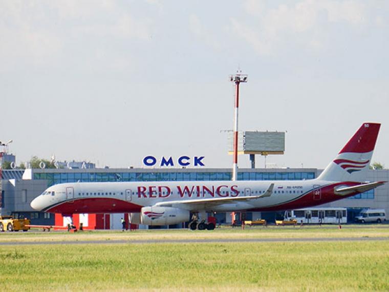 Омичи впервую очередь летают в столицу России, Санкт-Петербург иАнталью