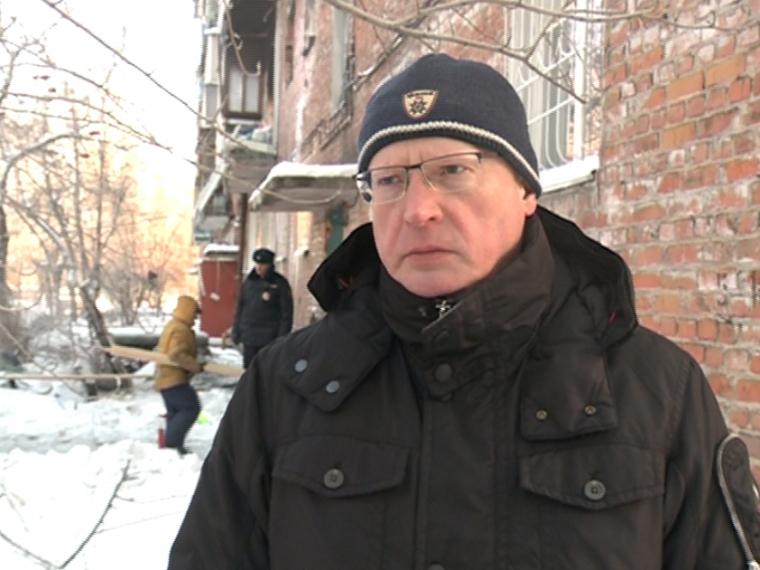 Александр Бурков распорядился выплатить компенсации пострадавшим от взрыва газа в доме на 5-ой Кордной