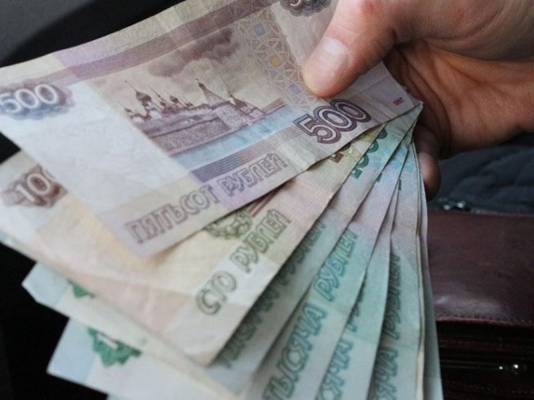 В Омске полицейский отказался от взятки в 40 тысяч рублей