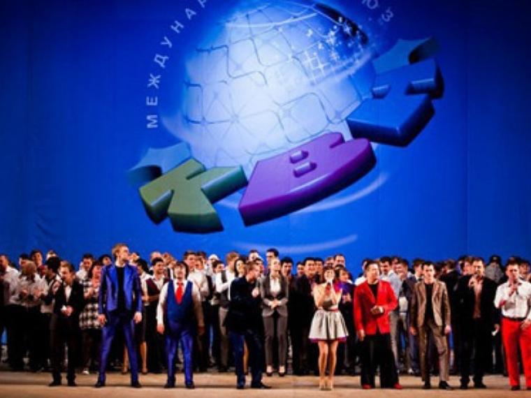 Три омских команды сразятся занаграды сочинского фестиваля КВН