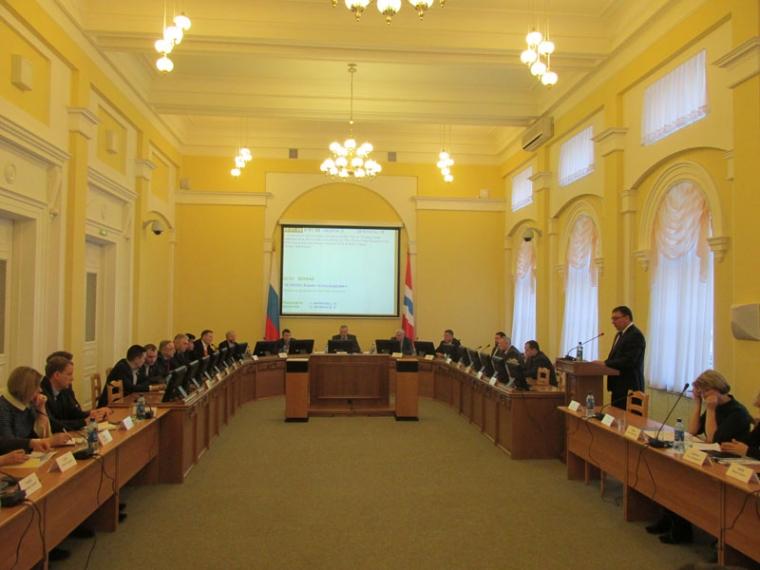 Избюджета Омской области предложено потратить еще 11,3 млрд руб.