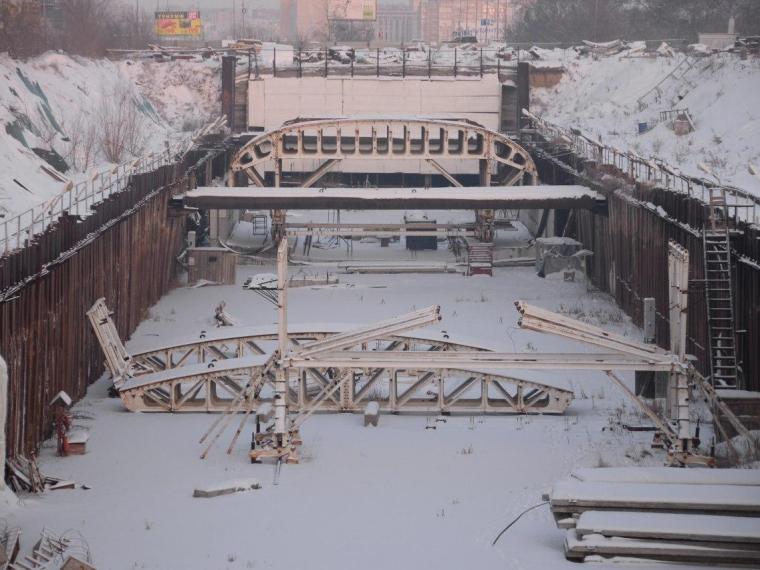 Итоговое решение по Омскому метрополитену будет принято в этом году — Бурков