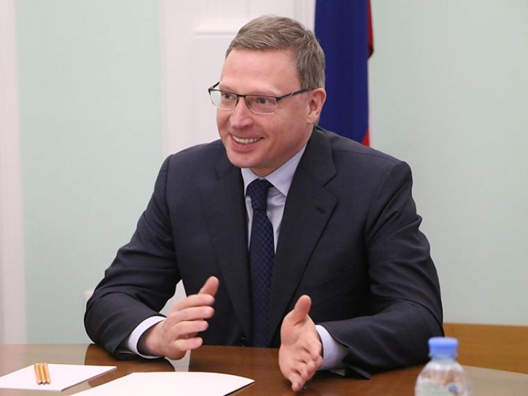 Александр Бурков оповестил Владимиру Путину окадровой политике вОмской области